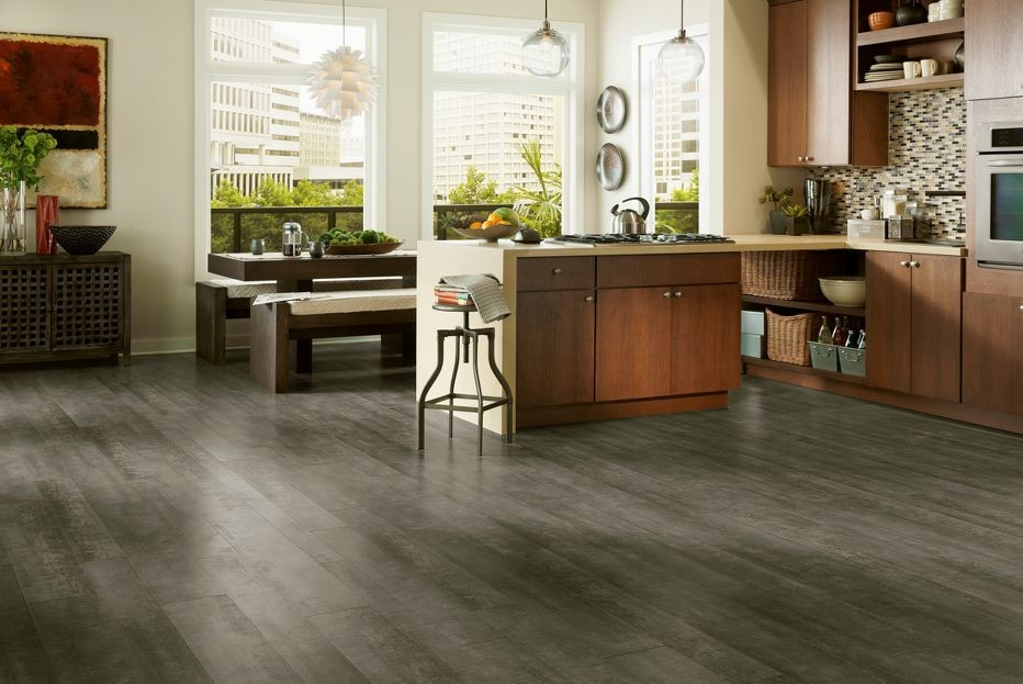 4 feline friendly flooring options now say it 5 times for Laminate flooring options
