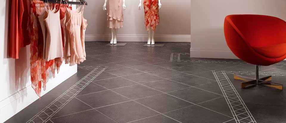 Karndean-Da-Vinci-Antique-Ceramic-Noir-Vinyl-Tile