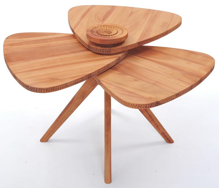 Manulution-Petal-Table