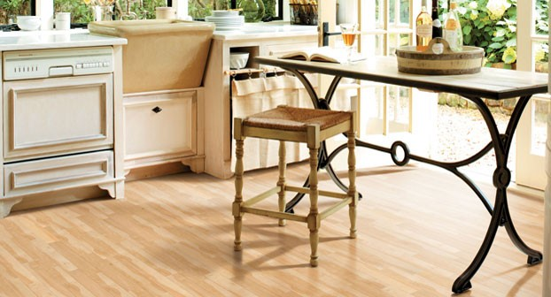 Canadian-Maple-Mannington-Adura-Loc-and-Fold-Plank