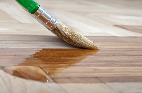 Gloss-Makes-A-Big-Difference-When-It-Comes-To-Hardwood-Flooring