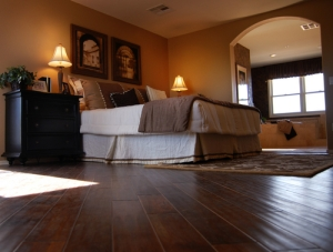 Hardwood-Flooring-In-Bedroom