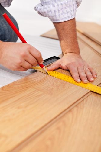 Measuring-And-Cutting-Laminate-Flooring