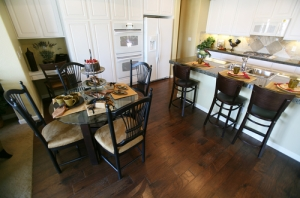 Dining-Room-Engineered-Hardwood-Flooring