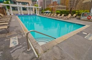Hospitality-Pool
